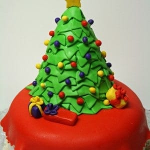 Christmas Tree Cake Close