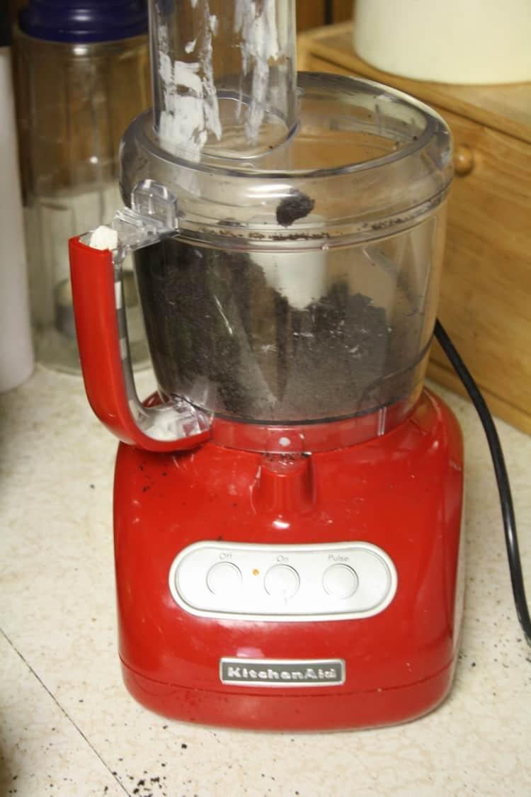 Oreos in Mixer