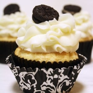 Three White Chocolate Oreo Cream Filled Cupcakes 2