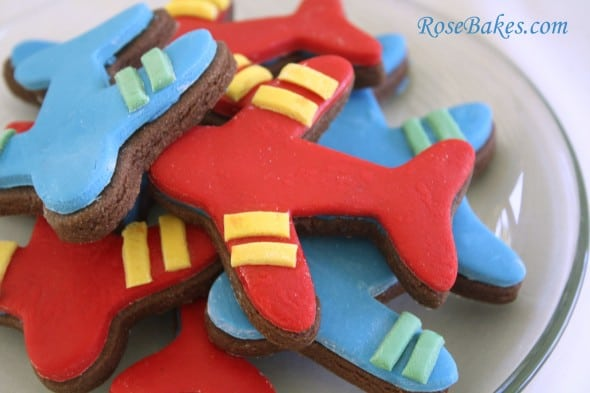 An Airplane Cake A Smash Cake Amp Airplane Cookies