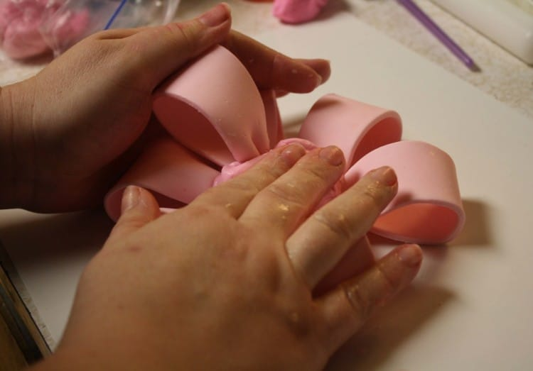 Fondant Bow Push Together after each loop