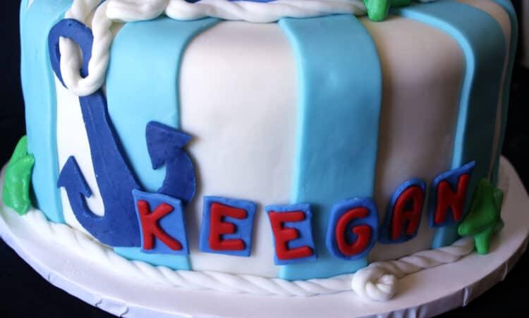 bottom tier of anchor cake