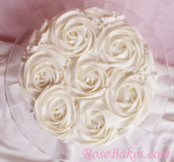 Cake With Roses Buttercream : Buttercream Roses Cupcakes & Cakes
