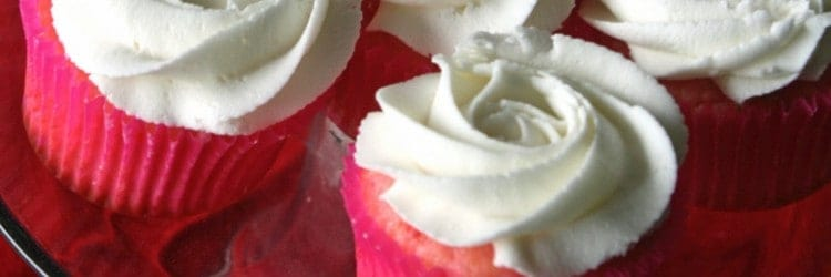 Buttercream Roses Cupcakes on Stand