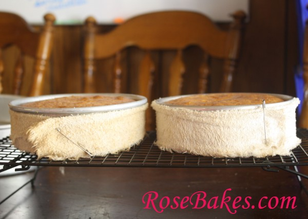 How To Use A Heating Strip For A Cake