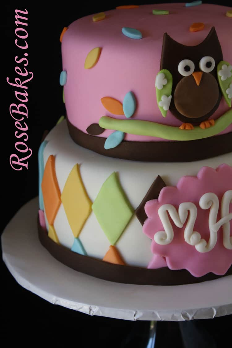 whoo loves you owl baby shower cake with lollipops