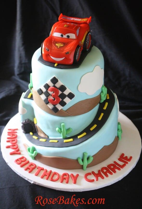 The Cars Cake Design : Cars 2 Lightning McQueen Cake