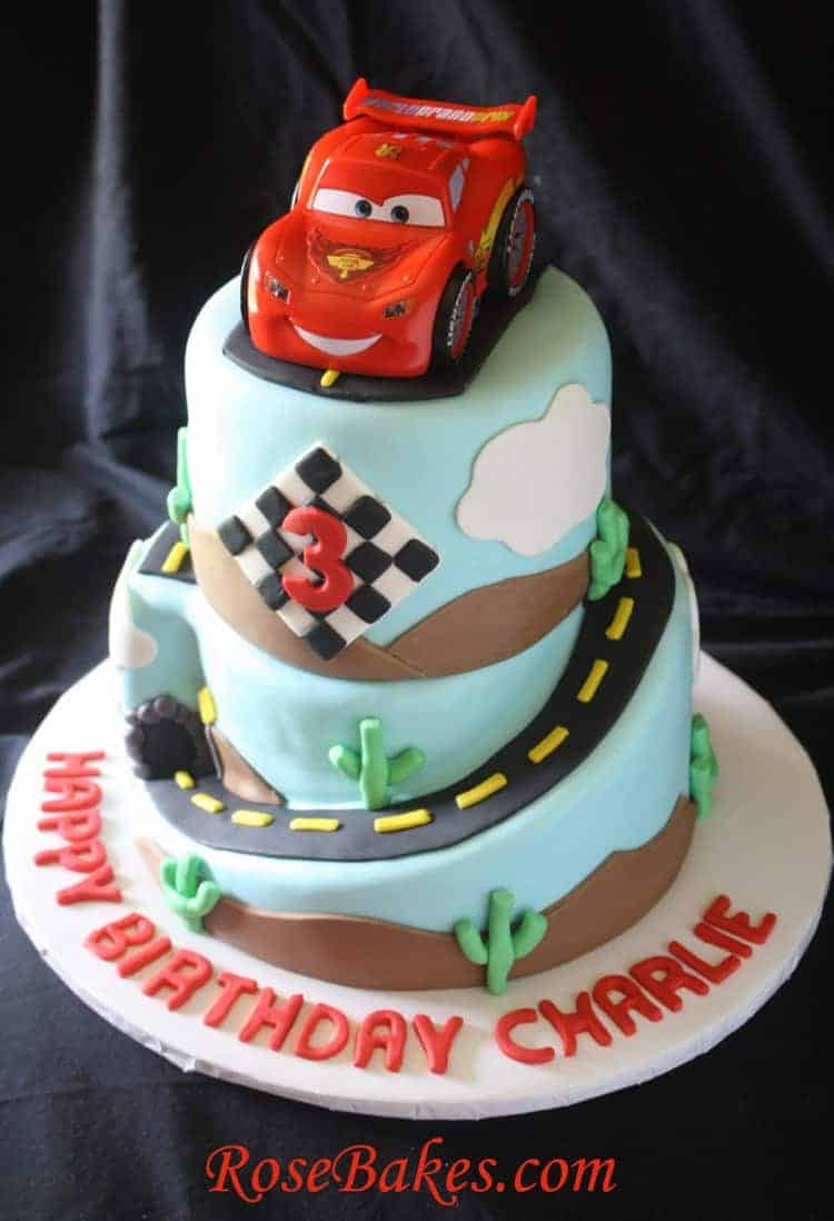 Mcqueen Cake Decorations : Cars 2 Lightning McQueen Cake