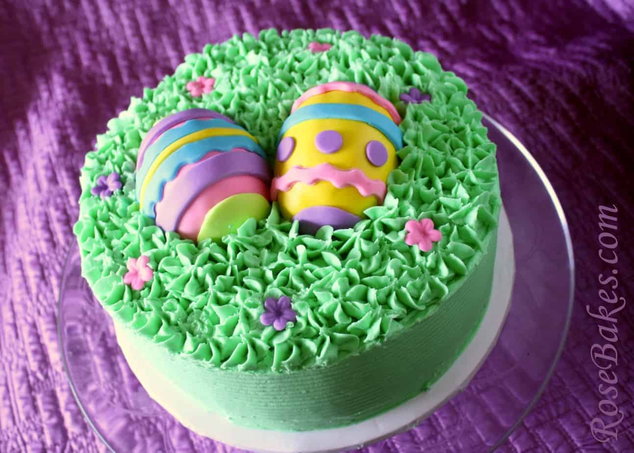 Cake Decorated With Easter Eggs : Easter Eggs in the Grass Cake
