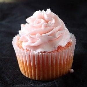 Strawberry Cupcake with Strawberrry Buttercream