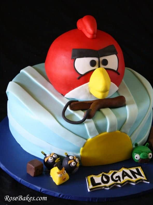 Pictures Of Angry Birds Birthday Cakes : 3-D Angry Birds Birthday Cake