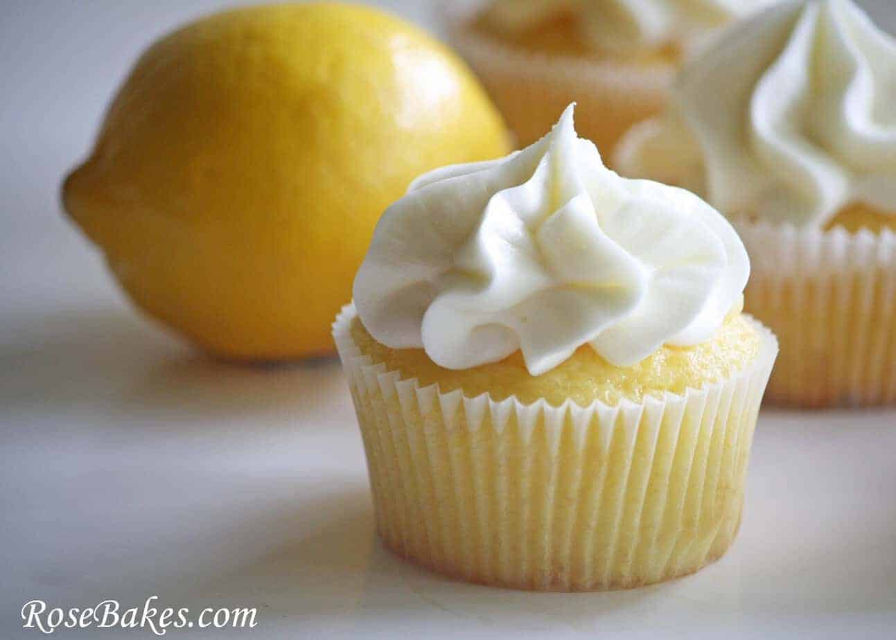 Lemon Kissed Cupcakes {Lemon Cream Cheese Frosting Recipe}