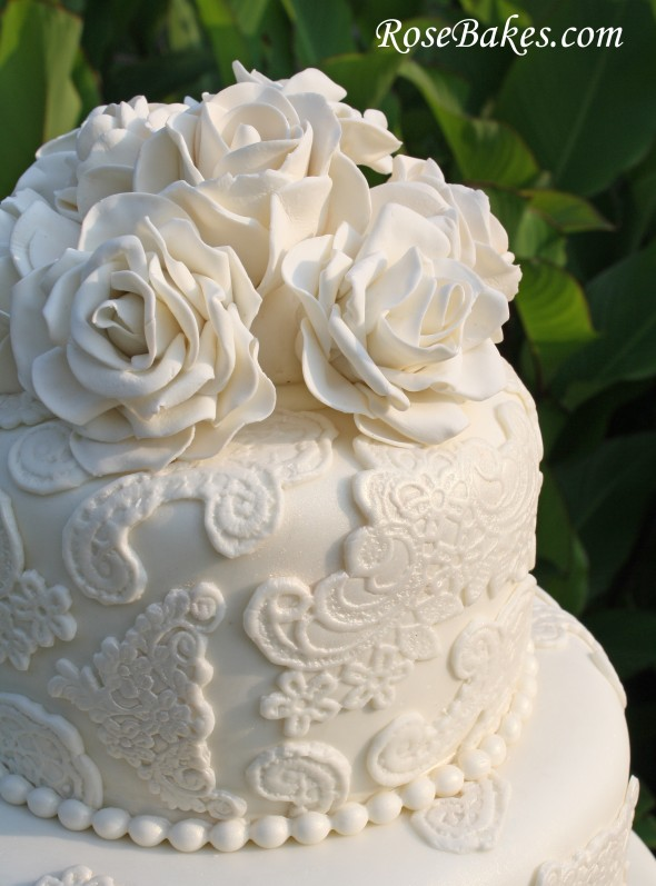 wedding cake with lace and roses my weekend family friends cakes amp recipes 26912