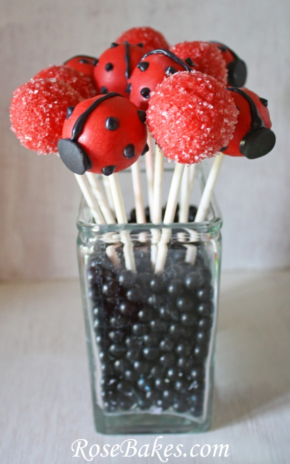 Ladybug Cake Pops Tutorial