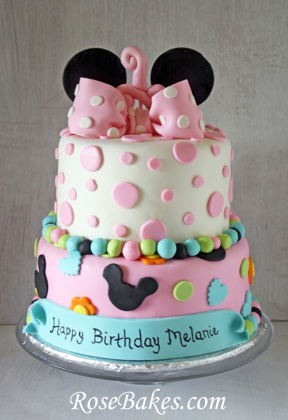 Minnie Mouse Cake with Banner