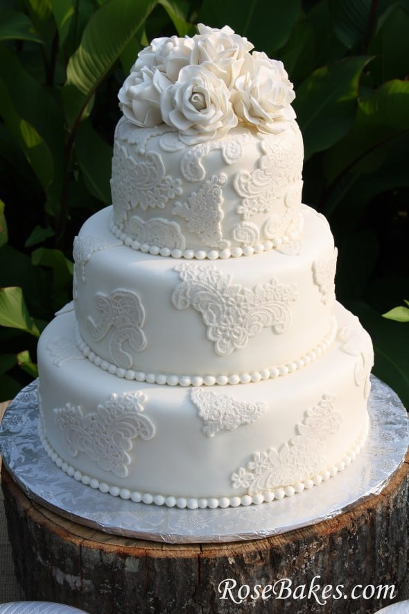 vintage lace wedding cake with sugar roses. Black Bedroom Furniture Sets. Home Design Ideas