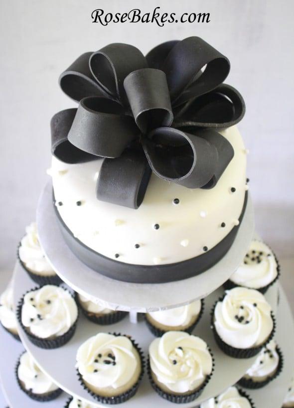 Black-White-Wedding-Cake-Cupcake-Tower-T
