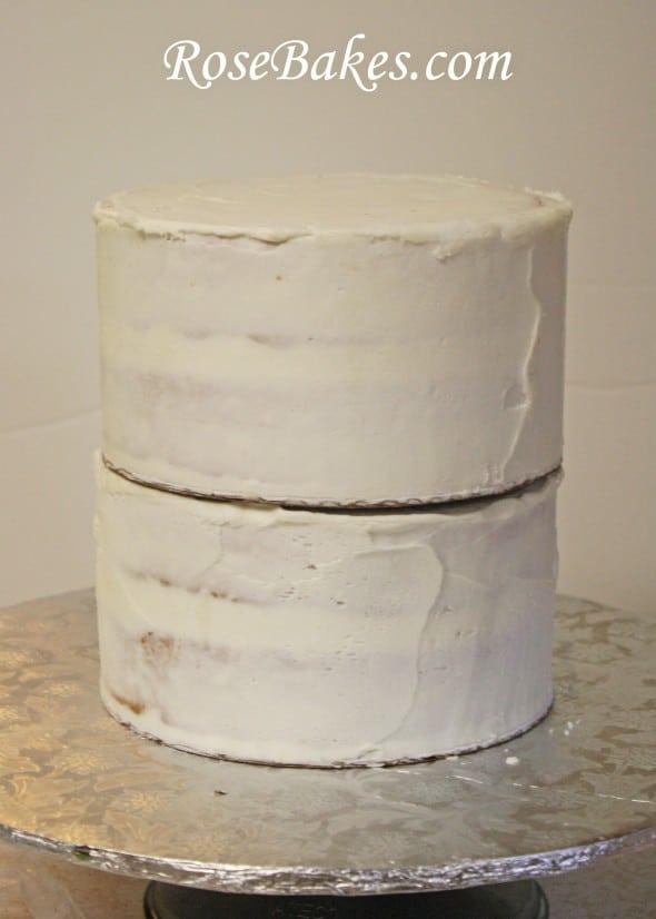 How Do You Cut A Tall Cake