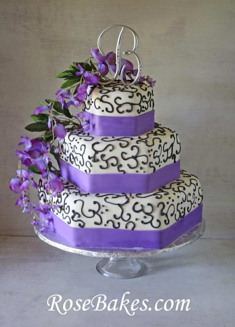 Pics s Purple And White Wedding Cakes Black And