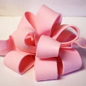 How to make a Poofy Bow {Fondant or Gum Paste}, Pt 1