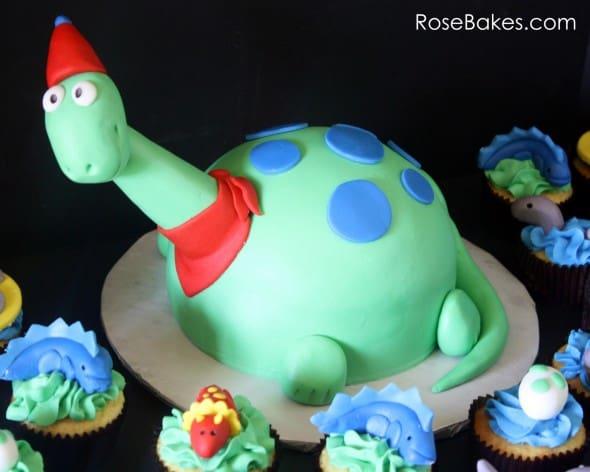 Dinosaur Birthday Cake Amp Cupcakes