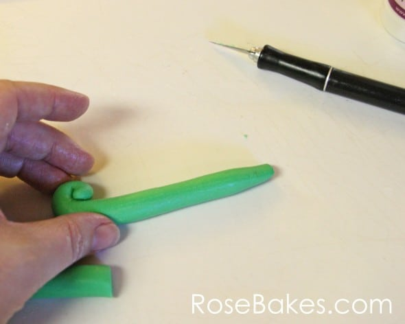How to Make Fondant Number Cake Toppers 08