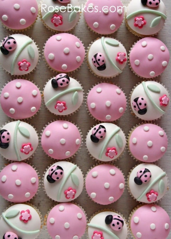 The Design For These Cupcakes Came From Hello Naomi Over On Flickr I