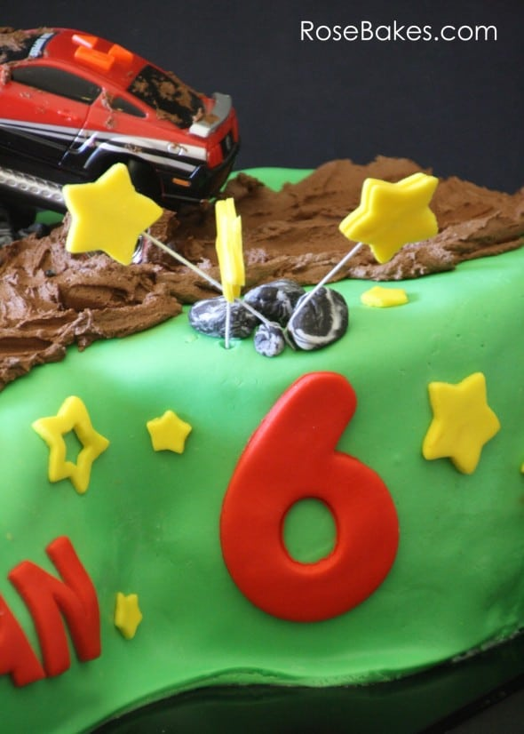 Mud Riding Cake with Stars