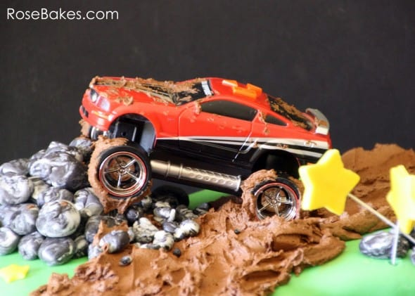 Mud Riding Mustang on Cake