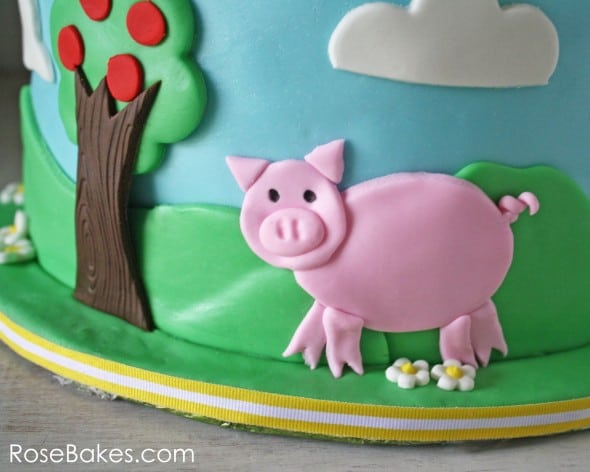 Farm Cake with Pig and Apple Trees