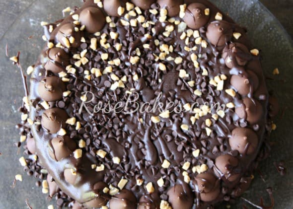 Dark Chocolate Fudge Brownie Cake