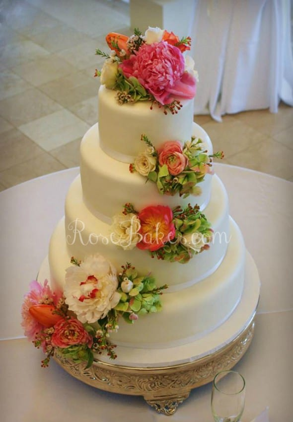 using real flowers on wedding cakes golf bag groom s cake or for s day bakes 21514