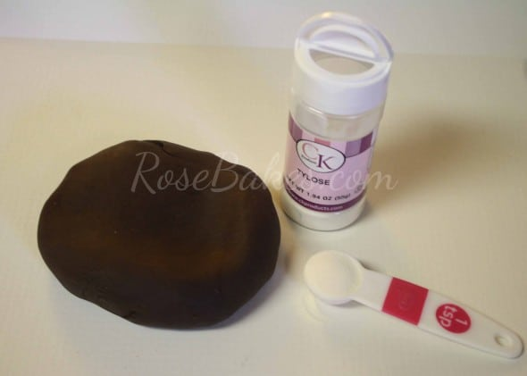 How to Make Cowboy Hat Cake Topper 10