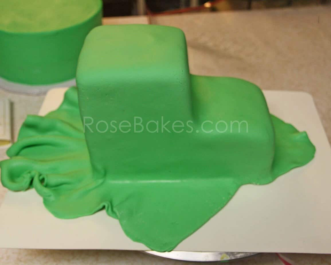 Fabulous How To Make A Tractor Cake Picture Tutorial Rose Bakes Funny Birthday Cards Online Unhofree Goldxyz