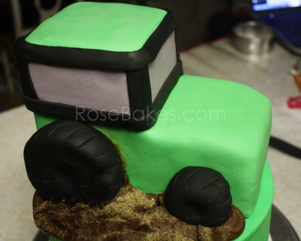 How To Make A Tractor Cake 36
