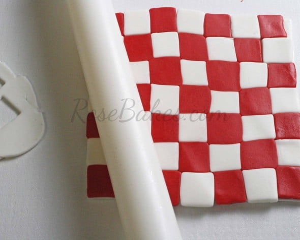 How to Make Fondant Checkered Blanket 10