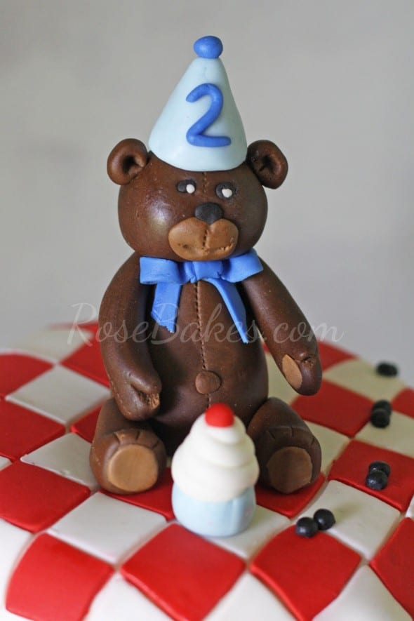 Teddy Bear Picnic Cake WM2
