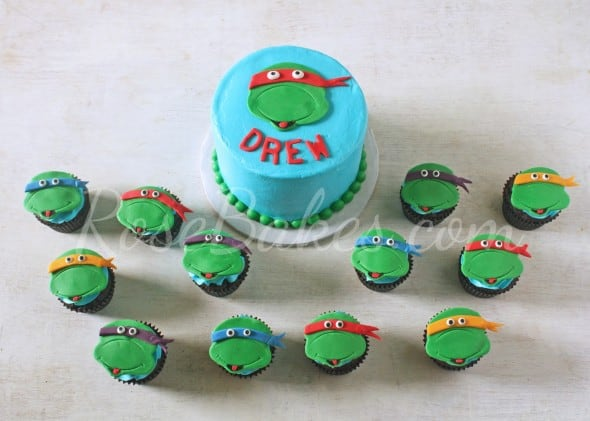 Teenage Mutant Ninja Turtle Cake and Smash Cakes