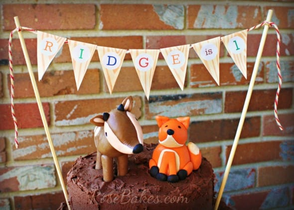 Deer & Fox Fondant Toppers plus Wood Grain Bunting