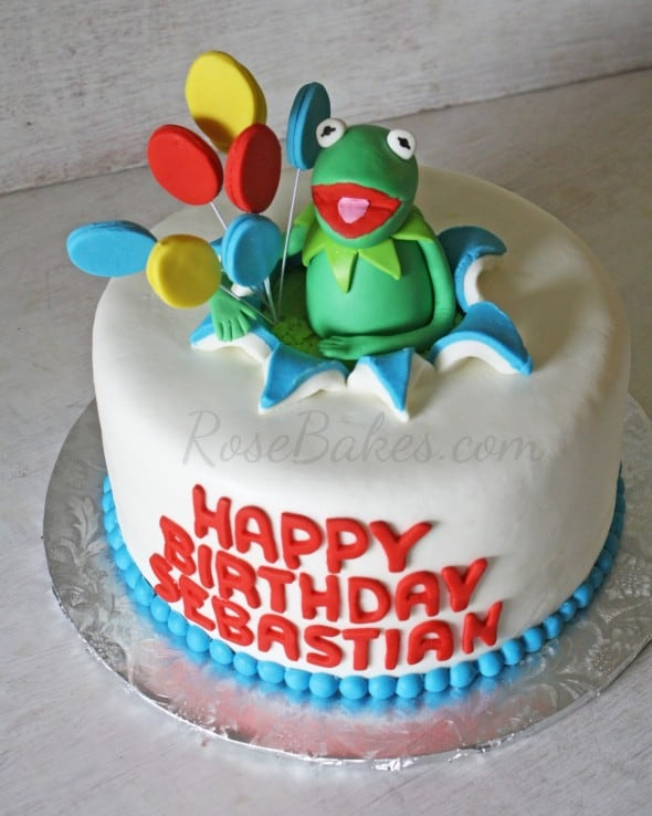 Kermit the Frog Birthday Cake