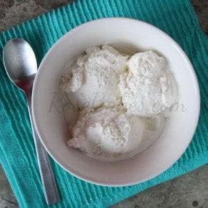 Simple Homemade Vanilla Ice Cream