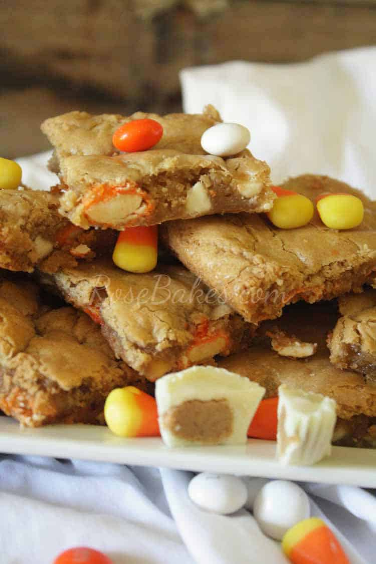 White Chocolate Candy COrn Peanut Butter Blondies Recipe