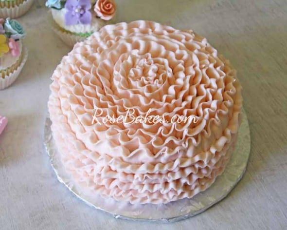 Peach Ruffles Smash Cake