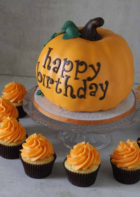 Pumpkin Cake and Cupcakes 2