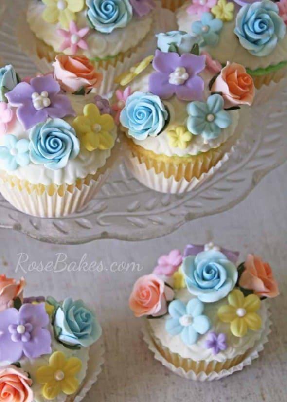 Vintage Fair Flower Garden Cupcakes