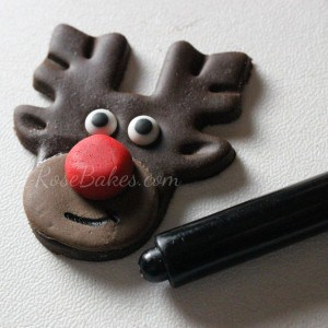 How to Make Rudolph the Red-Nosed Reindeer Cupcake Toppers