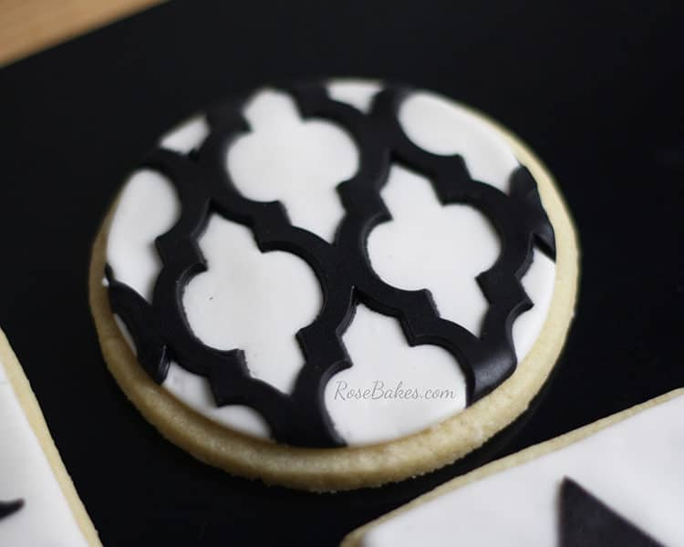 A Gallerie Lattice Cookies