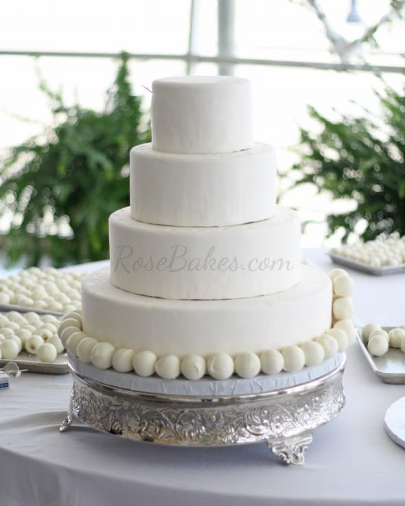 Cake Ballls Wedding Cake 01