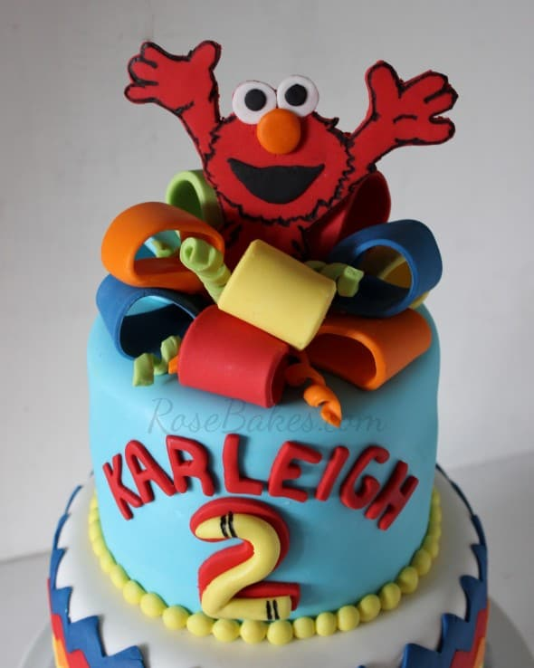 Elmo Cake Topper With Bow