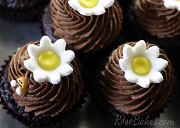 Daisy Cupcake Toppers